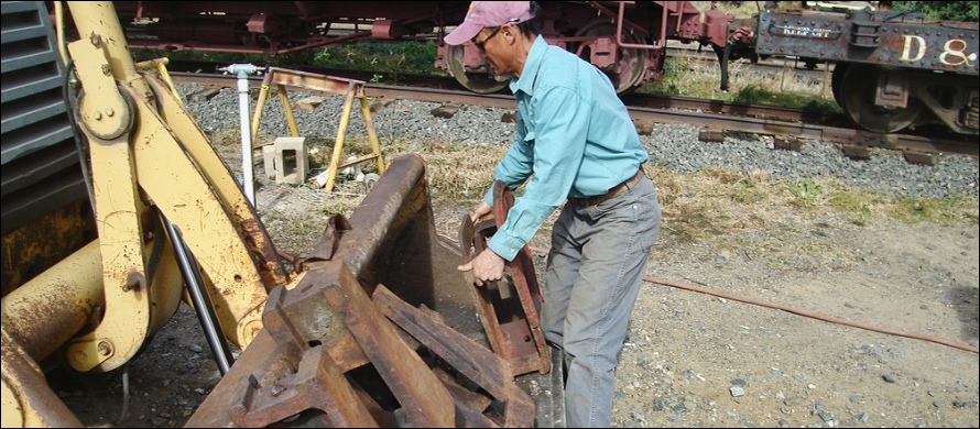 Loren Lifting 150 Pound Standard Gauge Pedestals To Be Used On Restored Caboose